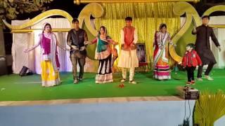 Family dance in sangeet
