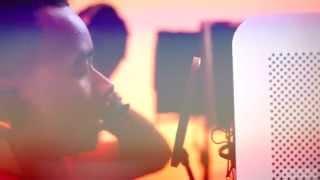 Смотреть клип Elzo Jamdong Ft. Mathart - Roy Thi Mom | Remix