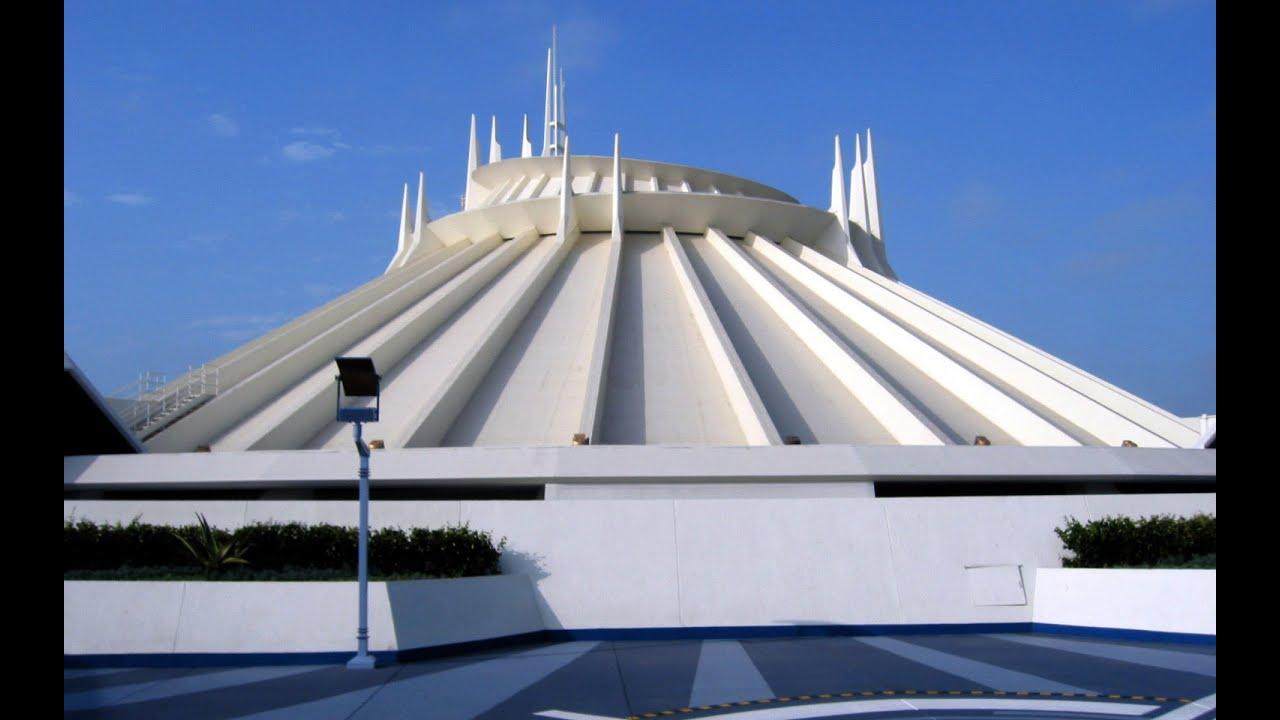 [4K] EXTREME LOWLIGHT Space Mountain Disneyland Full ...