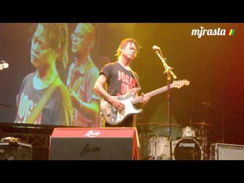 Tony Q Rastafara -  Kangen | Jogja Reggae Land 2015