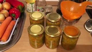 Салат с зелёных помидоров. Необычный рецепт.