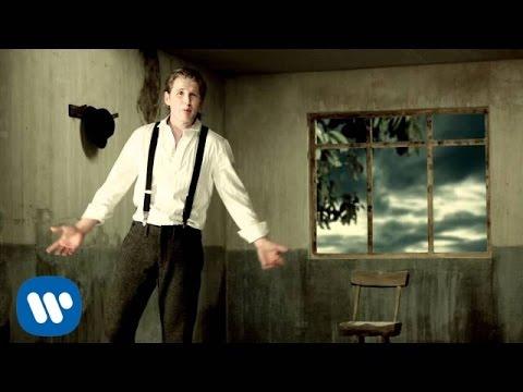 Alexander Acha - Amiga (Video Oficial)