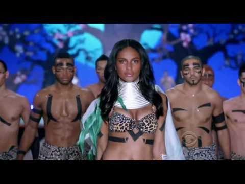 Black Fashion Models at The Victorias Secret Fashion Show