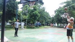 Video WOW ! Kakek Tua Jago Basket !!! download MP3, 3GP, MP4, WEBM, AVI, FLV Desember 2017