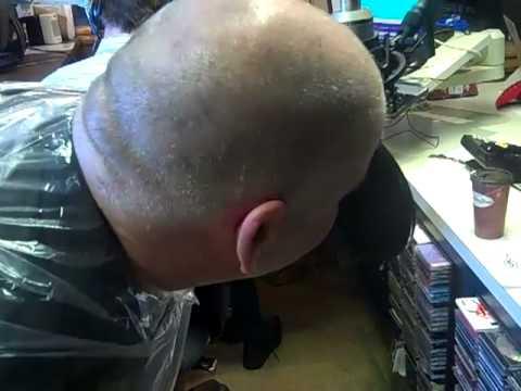 Big Tom Shaves His Head