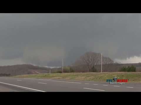 TOO CLOSE! Russellville, AL Tornado 19 March 2018 Storm Chase