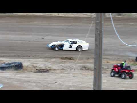 Desert Thunder Raceway 305 Modified Heat Race 4/27/18