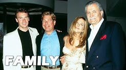 Jennifer Aniston Family Pictures || Father, Mother, Brothers, Ex spouses!!!