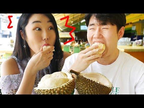 Orang Korea Ngerasain Durian Sampai Mabuk..!