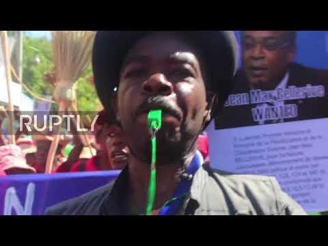 Haiti: Clashes break out at anti-corruption march in Port-au-Prince