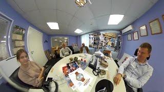 Видео 360°: интервью с Алексеем Чистокиным. Рэмос-Альфа.(В гостях у директора Рэмос-Альфа Алексея Чистокина мы поговорили о флеско-печати, неотличимой от офсета,..., 2016-10-01T11:50:48.000Z)