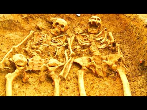 49 Giant skeletons unearthed in Pittsburgh - Mound Builders were Nephilim?