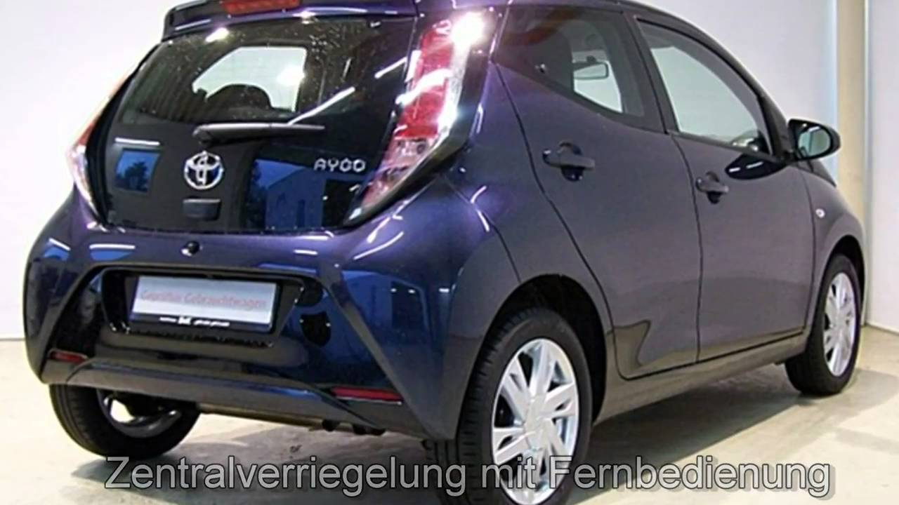 toyota aygo x play touch 068642 neptunblau metallic autohaus s k neu wulmstorf youtube. Black Bedroom Furniture Sets. Home Design Ideas