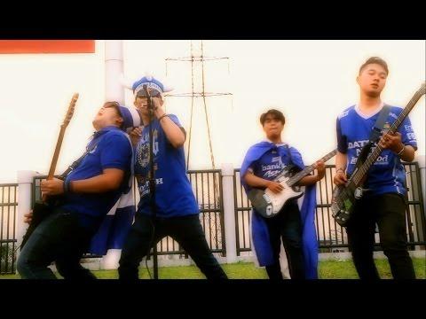 Kuburan Band - We'll Stay Behind You (PERSIB) - Rizal Ismayadhi & Ady Daniarsa Cover