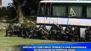 PNP-SAF shows skills in hostage-rescue operations