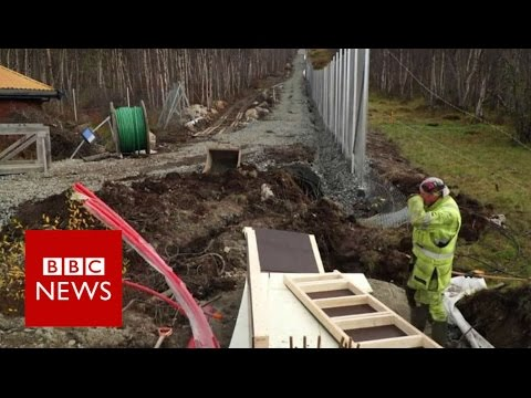 Norway erects Russian border fence - BBC News