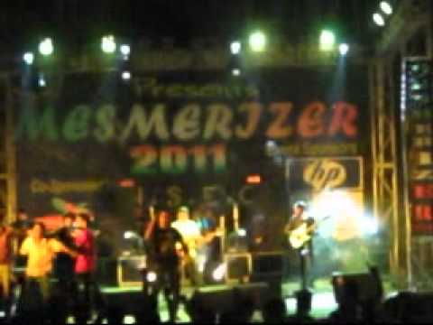 Bengali Rock in NETAJI SUBHASH ENGINEERING COLLEGE`s Mesmerizer`11(Day-2).wmv