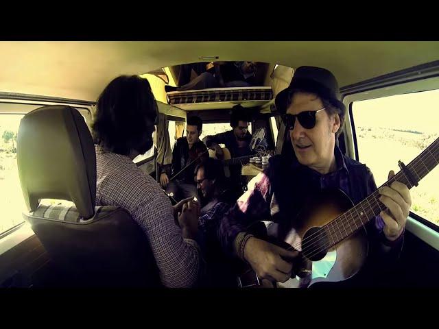 TONI XUCLÀ - Petits mons (Video Oficial)