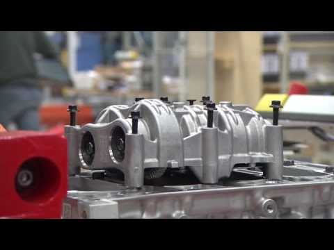 Manufacturing of Volvo Cars Engine in Skövde, Sweden | AutoMotoTV
