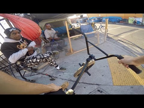 riding-bmx-in-skid-row-los-angeles-3-(bmx-in-the-hood)