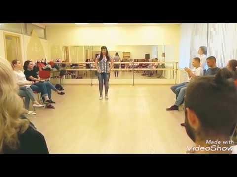 Classmates: A New Twist (2017) - Trailer oficial subtitulado en españolиз YouTube · Длительность: 2 мин6 с  · Просмотров: 520 · отправлено: 17-1-2017 · кем отправлено: Difundiendo Cine Ruso - DCR