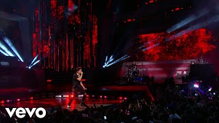 Kris Wu - 18 / Like That / Deserve (Live From iHeartRADIO MMVAs)