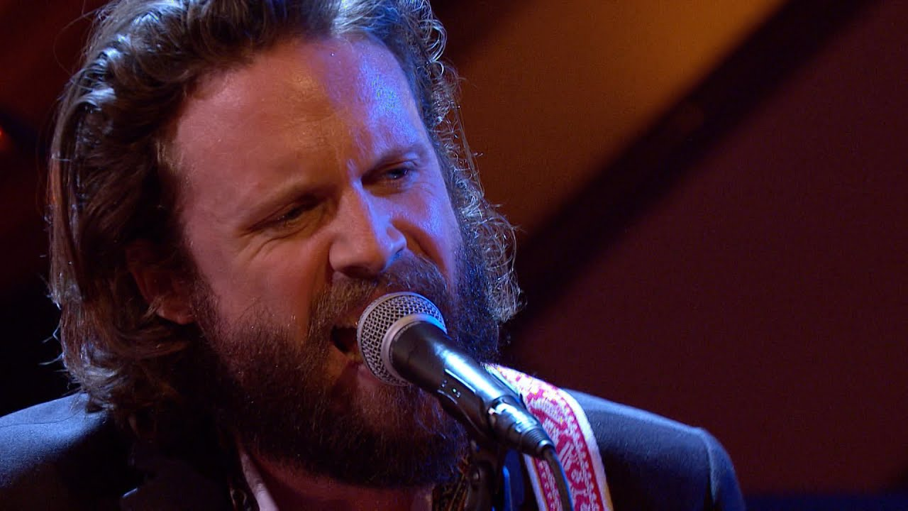 father-john-misty-chateau-lobby-4-in-c-for-two-virgins-later-with-jools-holland-bbc-two-bbc