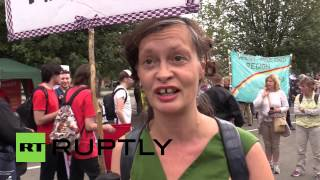 UK: Anti-NATO protesters flood the streets of Newport