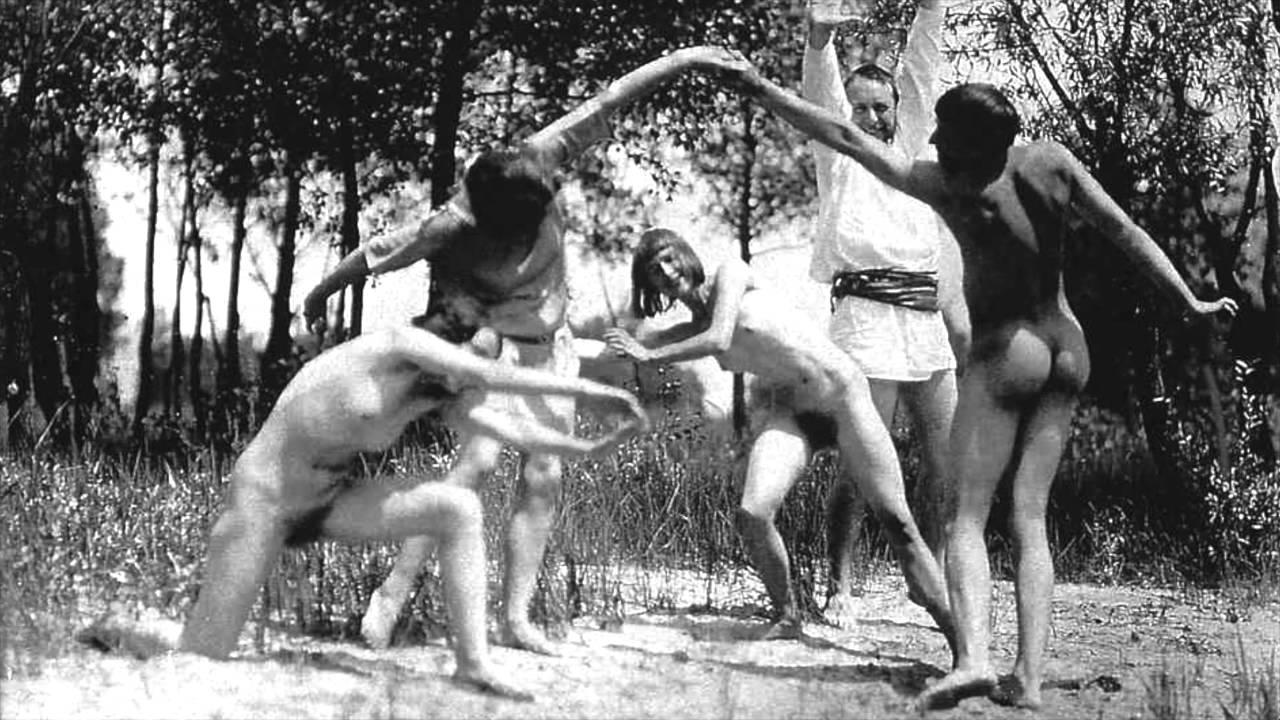 Naturist Nude Women
