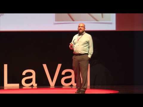 Organismos modificados genéticamente. | José Antonio López Guerrero | TEDxLaValldUixo