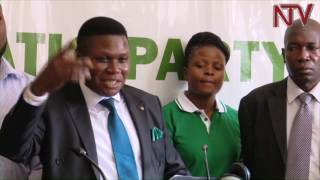 Abakulu mu Democratic Party bayise Kiyingi ne Kezaala beeyanjule mu kakiiko akakwasisa empisa thumbnail