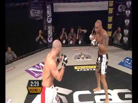 Norman Paraisy vs  Jack Mason at Cage Warriors 43