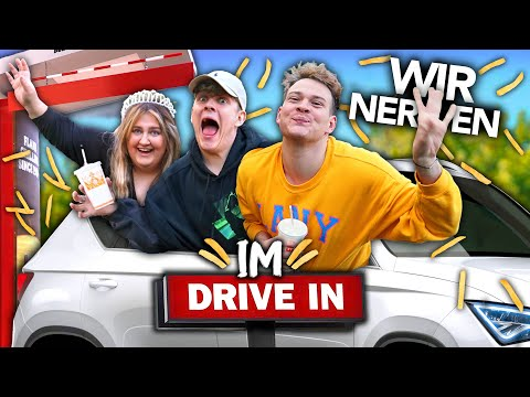 WIR NERVEN DRIVE IN MITARBEITER FÜR 1 TAG mit Twenty4Tim & Selfiesandra | Joey's Jungle