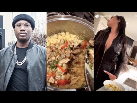 Meek Mill Can&39;t Handle Rihanna&39;s Cooking Hopes To Get Invited