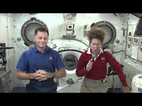 TV Reporters Talk with Shuttle Crew