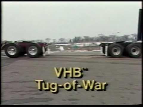 3M™ VHB™ Tapes tug of war