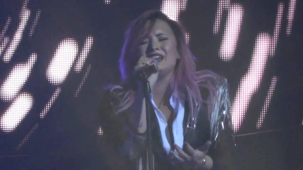 Download BEST Demi Lovato - Nightingale - The Neon Lights Tour