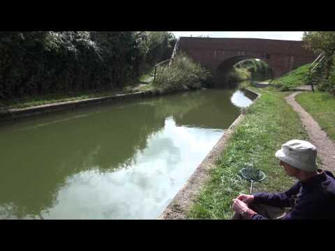GRAND UNION CANAL, WENDOVER ARM, LITTLE TRING, HERTFORDSHIRE