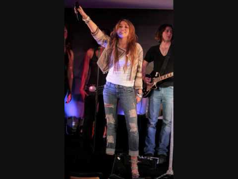 Miley & Billy Ray Cyrus - Butterfly Fly Away (iTunes Live From London) + DOWNLOAD