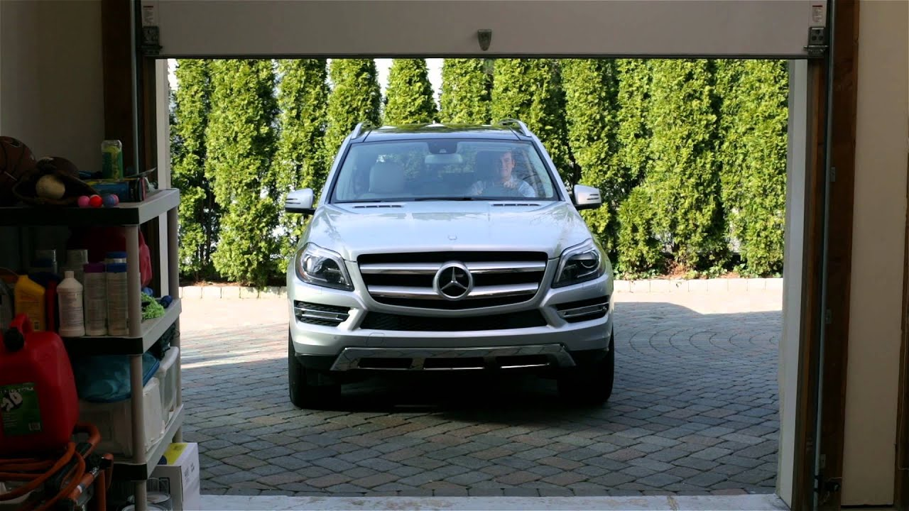garage door opener mercedes benz usa owners support youtube. Black Bedroom Furniture Sets. Home Design Ideas