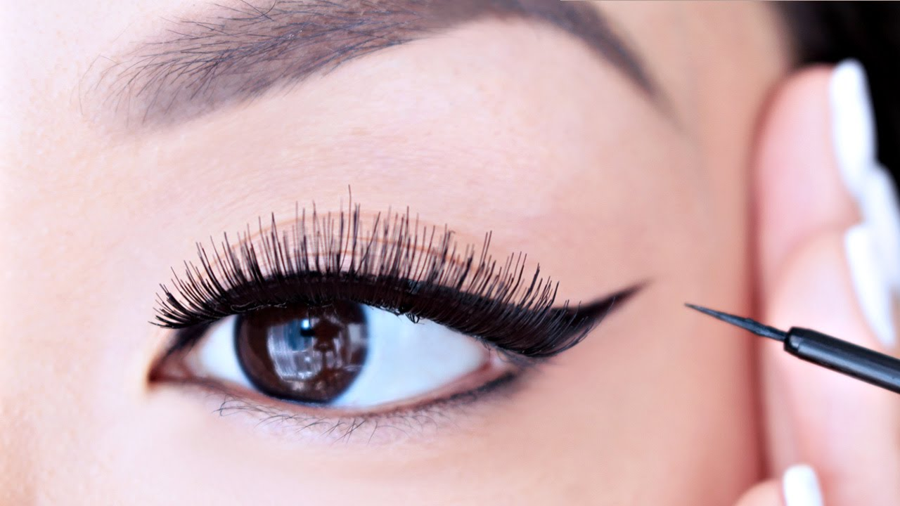 5 Amazing Eyeliner Tips and Tricks For Every GIrls