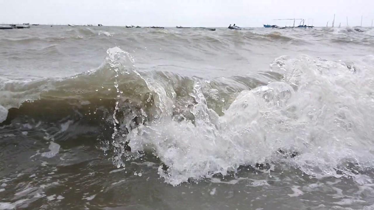 20200530 彰化線西鄉 肉粽角沙灘 海浪XZ2 960fps慢動作 1 - YouTube
