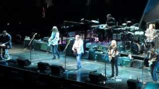 New Kid in Town - Eagles live at The Forum 1/24/14