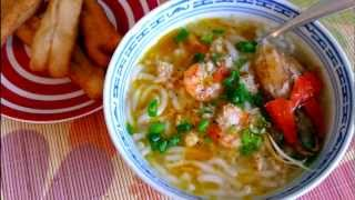 Bánh Canh - Vietnamese Thick Noodle Soup Recipe