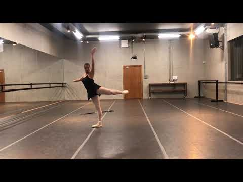 Espaço de Dança Selma Azambuja - Solo Índia