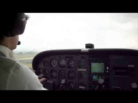Flying A Cessna 172SP