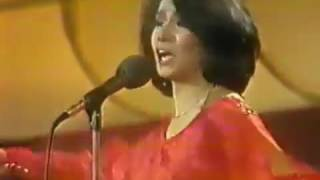 Watch Ana Gabriel Buscame video