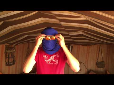 How to put on a shesh - Erg Chigaga Luxury Desert Camp Morocco
