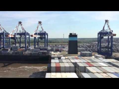 Ship calling Bremerhaven
