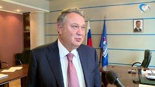Александр Коровников провел в Великом Новгороде прием граждан по личным вопросам